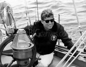 president-john-f-kennedy-sailing-aboard-his-yacht,2010784